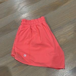 pink lulu shorts!
